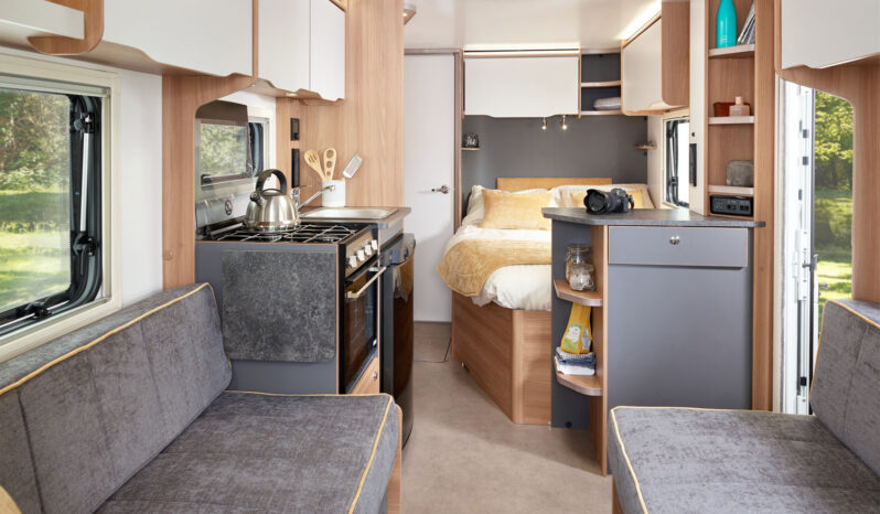 Bailey Discovery D4-4 2022 full
